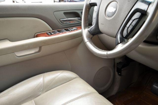 2007 Chevrolet Suburban LT San Antonio , Texas 13