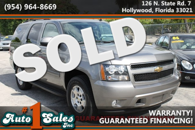 2007 Chevrolet Tahoe LT  WARRANTY CARFAX CERTIFIED  AUTOCHECK CERTIFIED 1OWNER 9 SERVICE RE