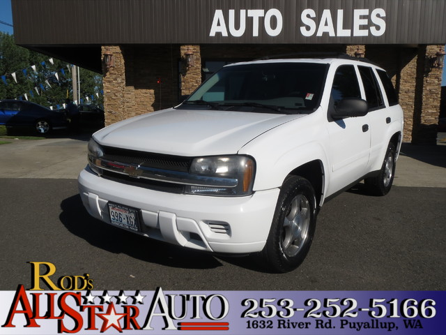 2007 Chevrolet TrailBlazer LS 4WD The CARFAX Buy Back Guarantee that comes with this vehicle means