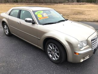 2007 Chrysler-2 Owner! Hemi V8!! 300-CARMARTSOUTH.COM C-BUY HERE PAY HERE! $999 DN WAC WITH CAC!! Knoxville, Tennessee 2