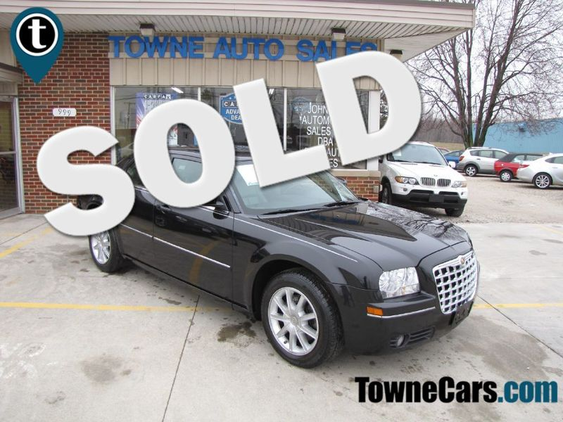 2007 Chrysler 300 Limited | Medina, OH | Towne Cars in Medina OH