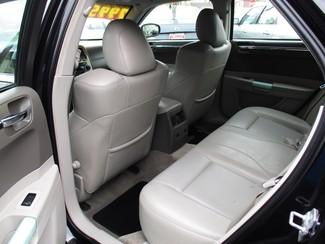 2007 Chrysler 300 C Milwaukee, Wisconsin 9