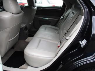 2007 Chrysler 300 C Milwaukee, Wisconsin 10