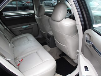 2007 Chrysler 300 C Milwaukee, Wisconsin 15