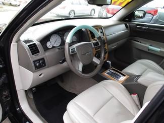 2007 Chrysler 300 C Milwaukee, Wisconsin 6