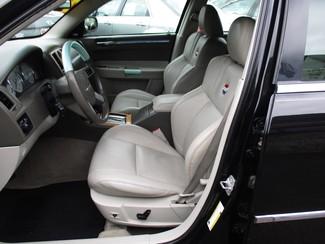 2007 Chrysler 300 C Milwaukee, Wisconsin 7