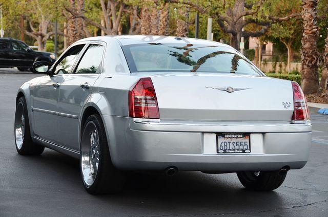 2007 Chrysler 300 C HEMI 5.7L Reseda, CA 4