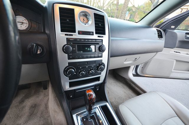 2007 Chrysler 300 C HEMI 5.7L Reseda, CA 10