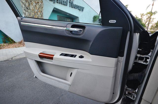2007 Chrysler 300 C HEMI 5.7L Reseda, CA 38