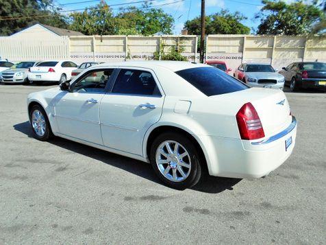 2007 Chrysler 300 C | Santa Ana, California | Santa Ana Auto Center in Santa Ana, California