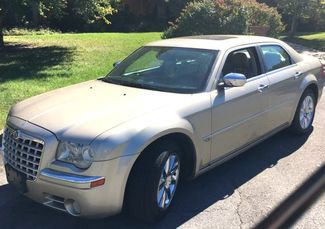 2007 Chrysler-One Owner!! 25 Service Recordsd!! 300-HEMI V8!! SHOWROOM CONDITION!!  CARMARTSOUTH.COM Knoxville, Tennessee 26
