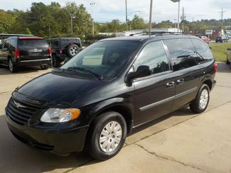 2007 Chrysler Town & Country Fayetteville , Arkansas 1