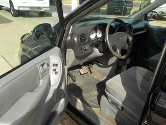 2007 Chrysler Town & Country Fayetteville , Arkansas 4
