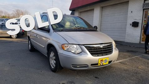 2007 Chrysler Town & Country Touring in Frederick, Maryland