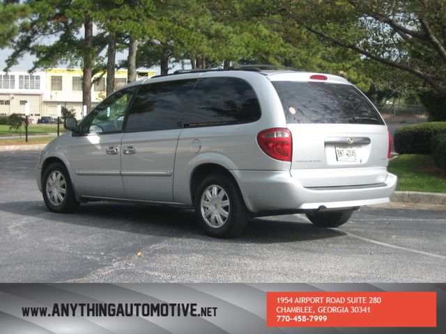 2007 Chrysler Town & Country Touring Chamblee, Georgia 2