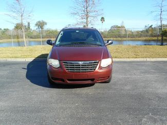 2007 Chrysler Town & Country Lx Handicap Van Pinellas Park, Florida 3