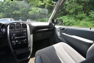 2007 Chrysler Town & Country Touring Naugatuck, Connecticut 17