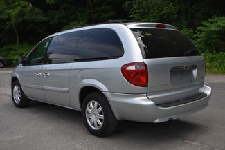 2007 Chrysler Town & Country Touring Naugatuck, Connecticut 2