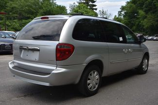 2007 Chrysler Town & Country Touring Naugatuck, Connecticut 4