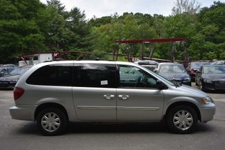 2007 Chrysler Town & Country Touring Naugatuck, Connecticut 5