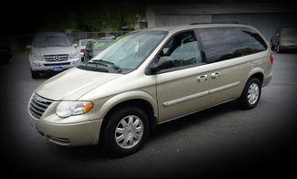 2007 Chrysler Town & Country Touring Minivan Chico, CA 3