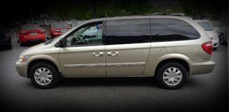 2007 Chrysler Town & Country Touring Minivan Chico, CA 4