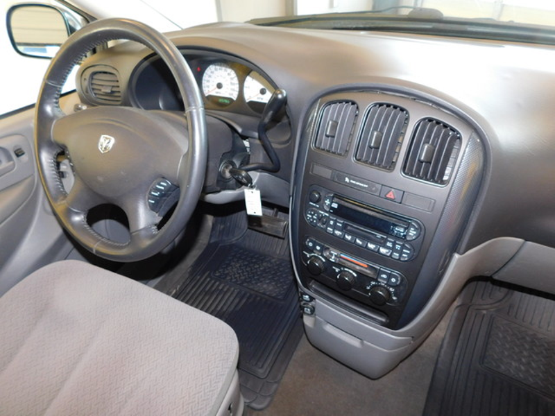 2007 Dodge Grand Caravan SXT  city TN  Doug Justus Auto Center Inc  in Airport Motor Mile ( Metro Knoxville ), TN