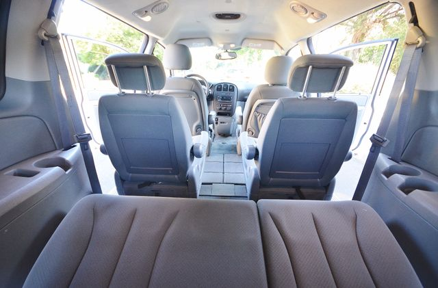 2007 Dodge Grand Caravan SE Reseda, CA 13
