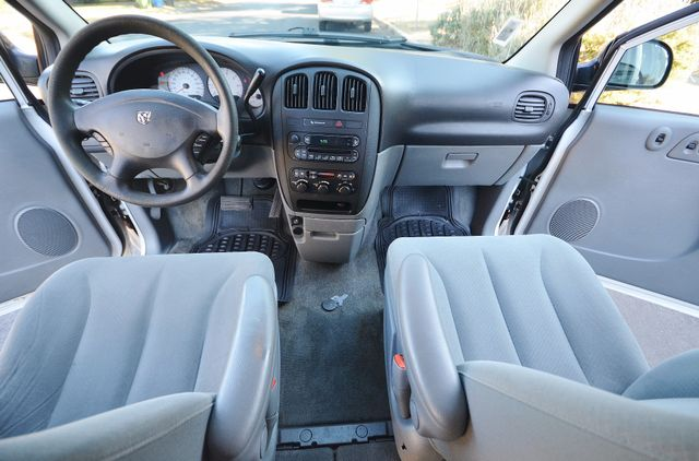 2007 Dodge Grand Caravan SE Reseda, CA 9
