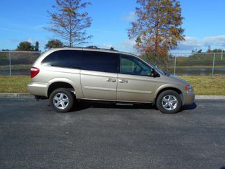 2007 Dodge Grand Caravan Sxt Handicap Van.......... Pinellas Park, Florida 2