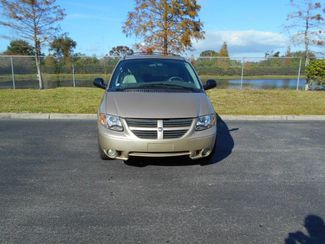 2007 Dodge Grand Caravan Sxt Handicap Van.......... Pinellas Park, Florida 3