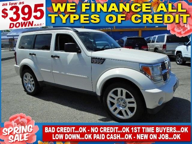 2007 Dodge Nitro SLT Limited warranty included to assure your worry-free purchase AutoCheck repor