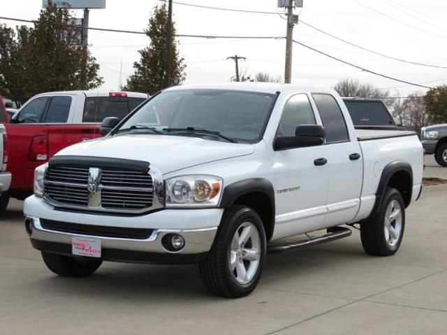 2007 Dodge Ram 1500 Big Horn 4WD in Des Moines IA