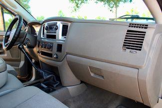 2007 Dodge Ram 2500 SLT Lone Star Quad Cab 2wd 5.9L Cummins Diesel 6 Speed Manual Sealy, Texas 45