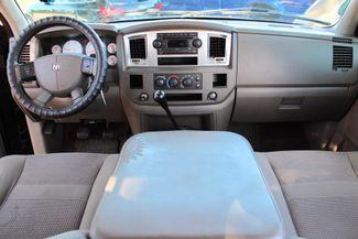 2007 Dodge Ram 2500 SLT Lone Star Quad Cab 2wd 5.9L Cummins Diesel 6 Speed Manual Sealy, Texas 51