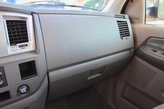 2007 Dodge Ram 2500 SLT Lone Star Quad Cab 2wd 5.9L Cummins Diesel 6 Speed Manual Sealy, Texas 54