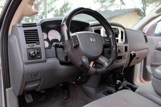 2007 Dodge Ram 2500 SLT Lone Star Quad Cab 4X4 5.9L Cummins Diesel 6 Speed Manual Sealy, Texas 30