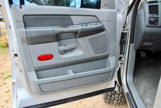 2007 Dodge Ram 2500 SLT Lone Star Quad Cab 4X4 5.9L Cummins Diesel 6 Speed Manual Sealy, Texas 34