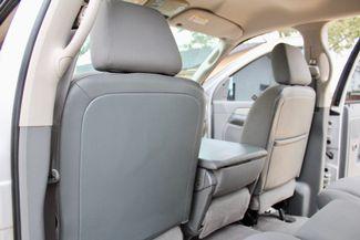 2007 Dodge Ram 2500 SLT Lone Star Quad Cab 4X4 5.9L Cummins Diesel 6 Speed Manual Sealy, Texas 35