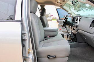 2007 Dodge Ram 2500 SLT Lone Star Quad Cab 4X4 5.9L Cummins Diesel 6 Speed Manual Sealy, Texas 44