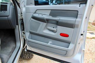2007 Dodge Ram 2500 SLT Lone Star Quad Cab 4X4 5.9L Cummins Diesel 6 Speed Manual Sealy, Texas 47