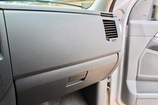 2007 Dodge Ram 2500 SLT Lone Star Quad Cab 4X4 5.9L Cummins Diesel 6 Speed Manual Sealy, Texas 52