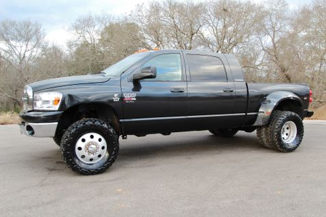2007 Dodge Ram 3500 SLT - 6 SPEED - MEGA CAB - 5.9L - 4X4 in Liberty Hill , TX