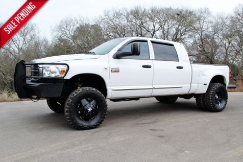 2007 Dodge Ram 3500 Laramie - MEGA CAB - 4X4 - LIFTED in Liberty Hill , TX