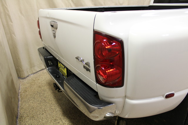 2007 Dodge Ram 3500 Laramie Roscoe, Illinois 5