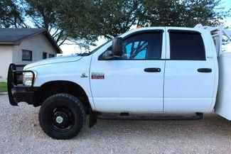 2007 Dodge Ram 3500 DRW SLT Quad Cab 4X4 6.7L Cummins Diesel 6 Speed Manual Liftmoore Crane Sealy, Texas 16