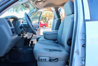 2007 Dodge Ram 3500 DRW SLT Quad Cab 4X4 6.7L Cummins Diesel 6 Speed Manual Liftmoore Crane Sealy, Texas 32
