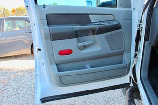 2007 Dodge Ram 3500 DRW SLT Quad Cab 4X4 6.7L Cummins Diesel 6 Speed Manual Liftmoore Crane Sealy, Texas 34