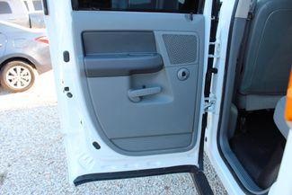 2007 Dodge Ram 3500 DRW SLT Quad Cab 4X4 6.7L Cummins Diesel 6 Speed Manual Liftmoore Crane Sealy, Texas 38