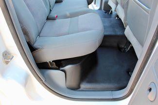 2007 Dodge Ram 3500 DRW SLT Quad Cab 4X4 6.7L Cummins Diesel 6 Speed Manual Liftmoore Crane Sealy, Texas 41